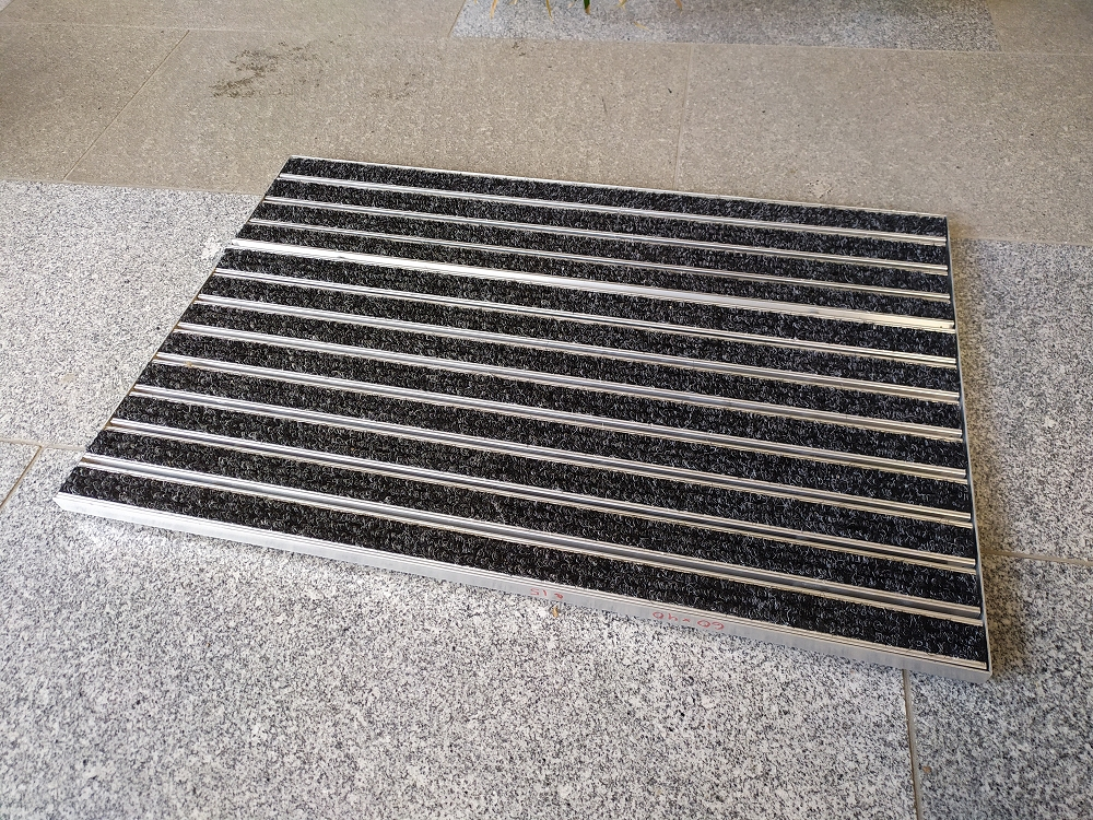 Eingangsmatten  mit Rips  nach Maß, Höhe 15/20/25mm  60 x 40 Höhe 25 mm ohne Rahmen Ripsfarbe anthrazit