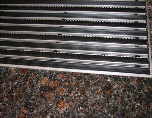 Eingangsmatten TPE/Bürste  nach Maß, Höhe 15/20/25mm  60 x 40 Höhe 20 mm ALU Rahmen